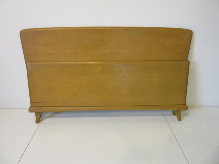 Midcentury Full Sized Headboard, Trophy Suite by Heywood Wakefield For Sale 2