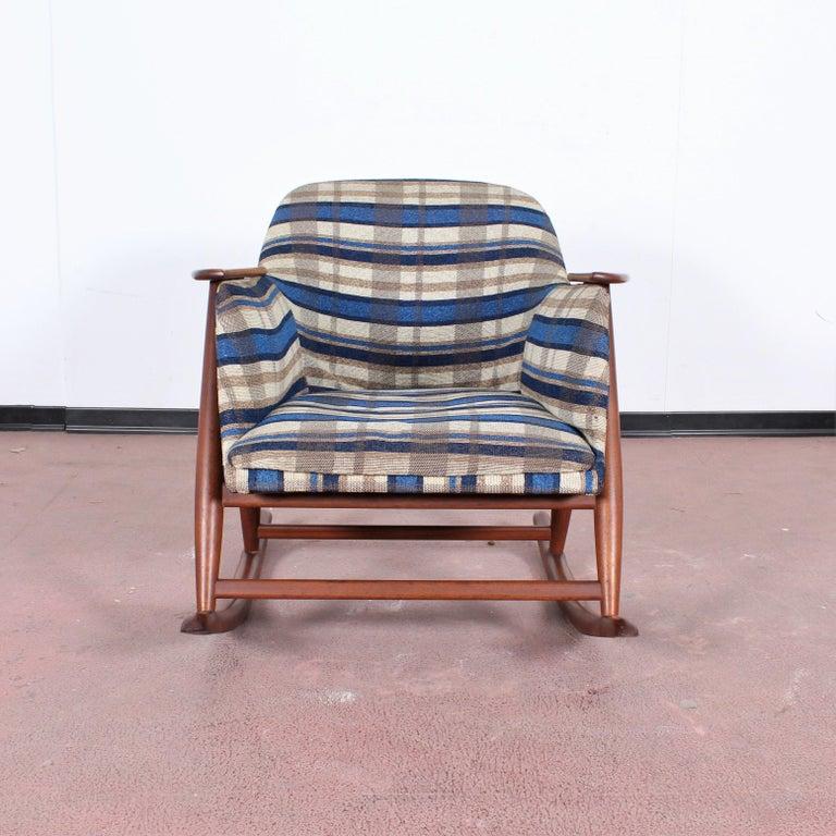 Mid-Century Modern Midcentury G. Frattini Wooden Rocking Chair Tartan Fabric, Italy, 1960s For Sale