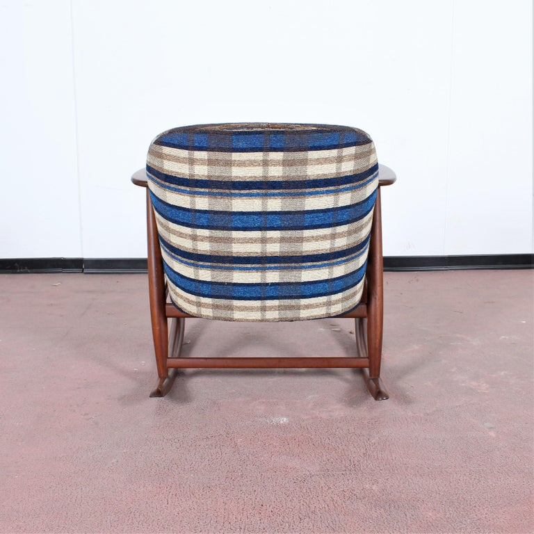 Mid-20th Century Midcentury G. Frattini Wooden Rocking Chair Tartan Fabric, Italy, 1960s For Sale