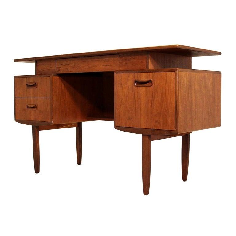 Midcentury G Plan Fresco Teak Desk / Vanity For Sale