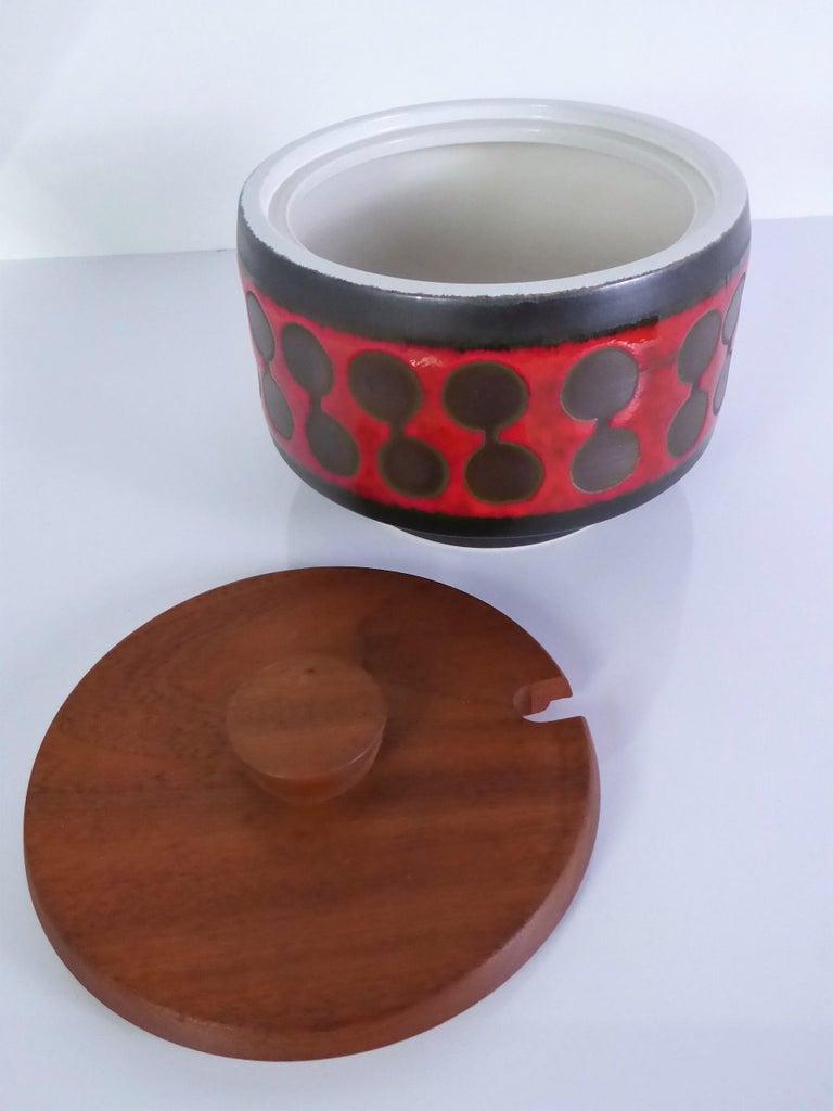 Late 20th Century Midcentury German Modern Ceramic Soup Tureen 1970s Attrib Carstens Tönnieshof For Sale