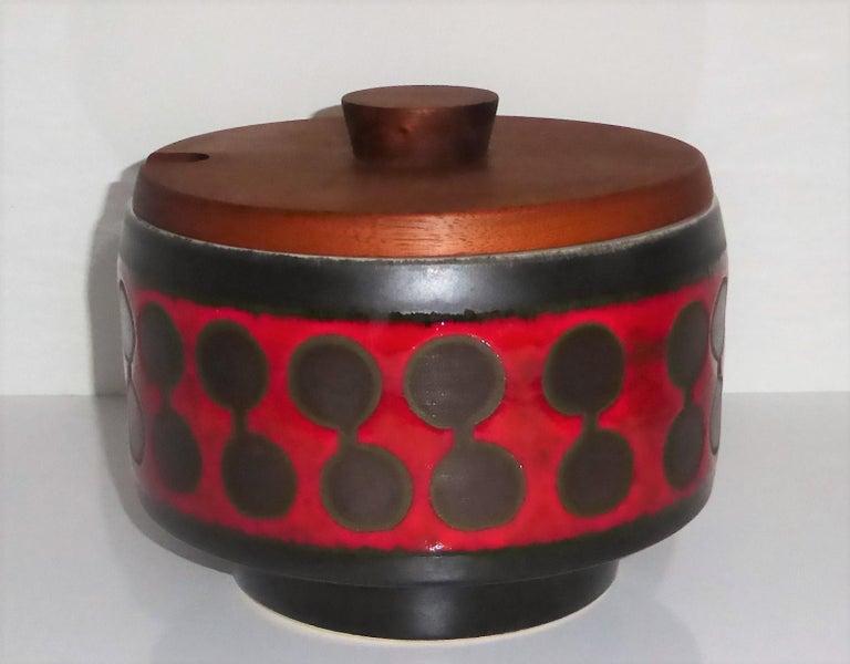 Midcentury German Modern Ceramic Soup Tureen 1970s Attrib Carstens Tönnieshof For Sale 3
