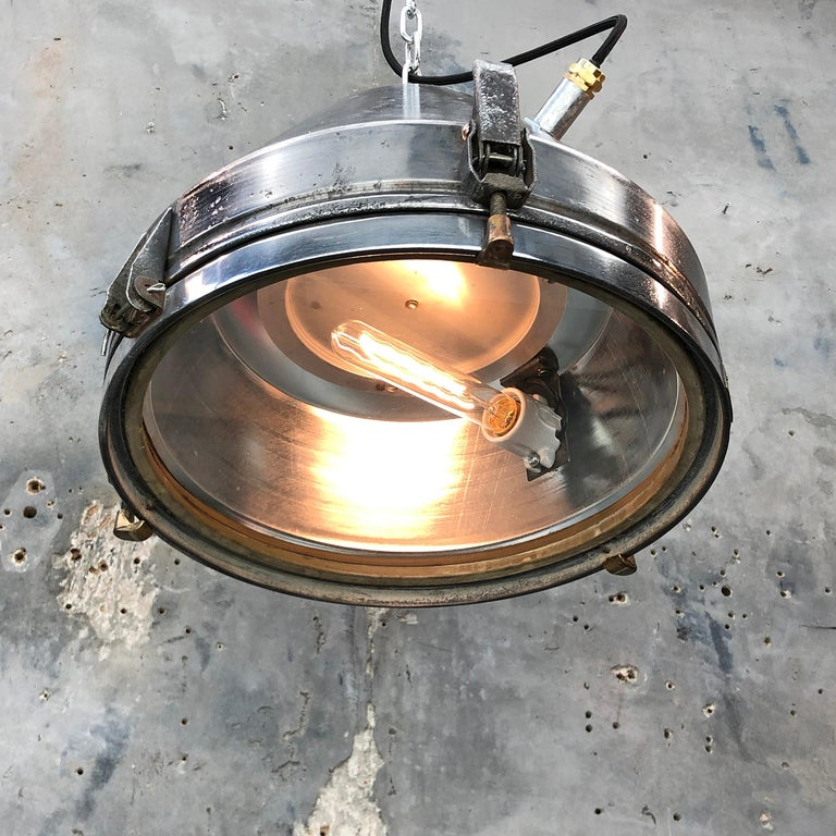 Midcentury German VEB Industrial Iron and Aluminium Pendant with Edison Bulb For Sale 7
