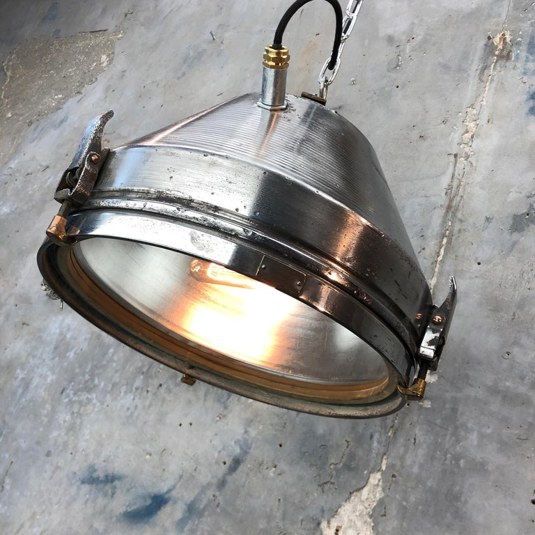 Midcentury German VEB Industrial Iron and Aluminium Pendant with Edison Bulb For Sale 8