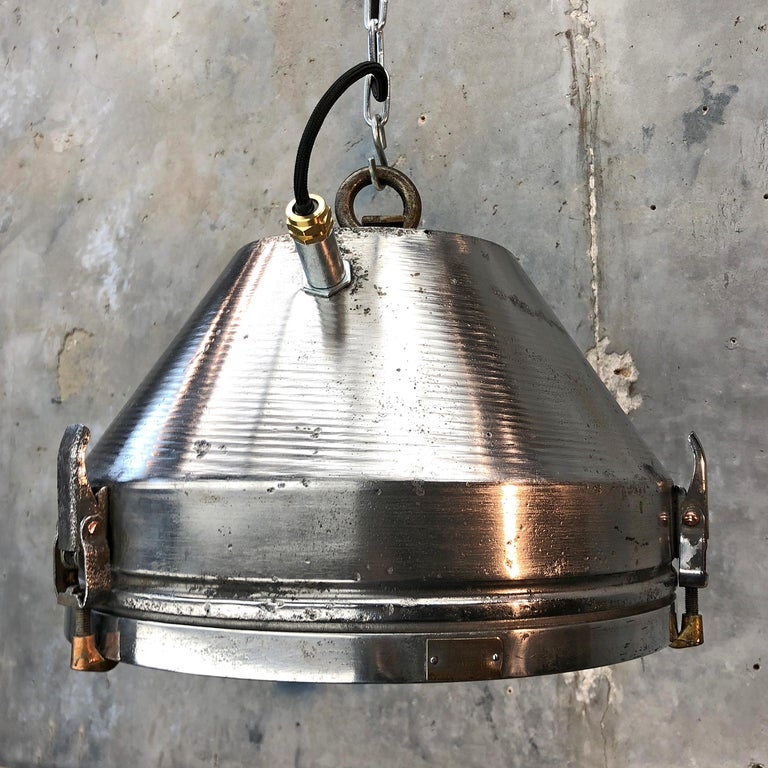 Midcentury German VEB Industrial Iron and Aluminium Pendant with Edison Bulb For Sale 9