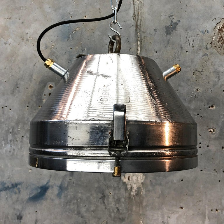 Midcentury German VEB Industrial Iron and Aluminium Pendant with Edison Bulb For Sale 11