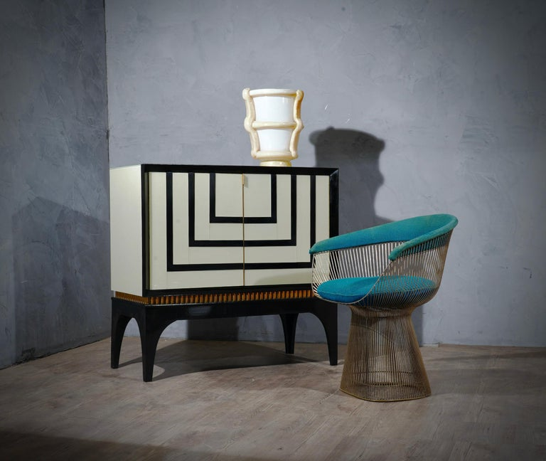 Mid-Century Glass and Brass Italian Sideboard, 1980 For Sale 3