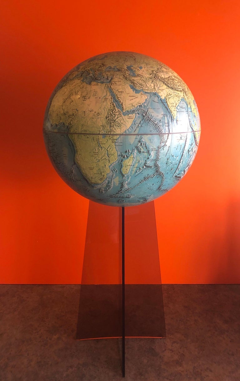 Midcentury Globe on Smoked Lucite Stand For Sale 1