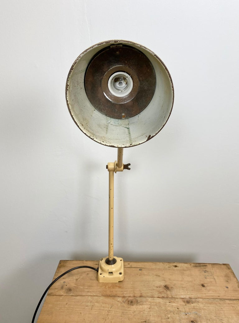 Mid-20th Century Midcentury Beige Industrial Table Lamp, 1960s For Sale