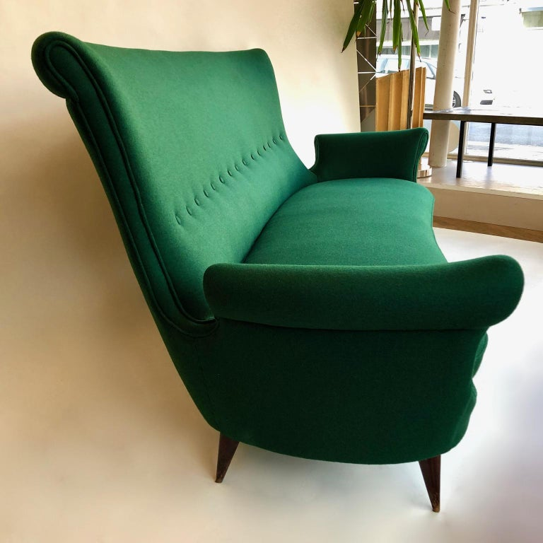Midcentury Green Italian Sofa, 1950s In Good Condition For Sale In London, GB