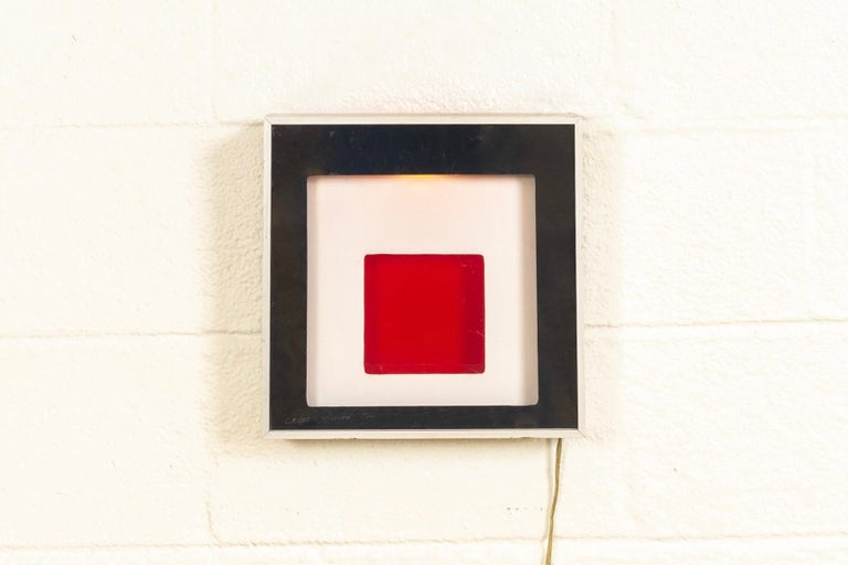 Midcentury Greg Copeland Red & Black Abstract Wall Art Op Art Light Box, 1970s In Good Condition For Sale In Detroit, MI