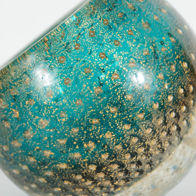 Midcentury Handblown Murano Acquamarine Bowl/Ashtray with 24-Karat Gold Murines In Excellent Condition For Sale In New York, NY