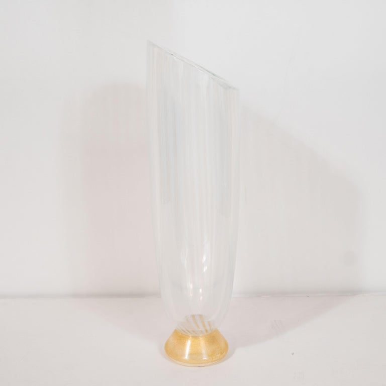 Midcentury Hand Blown Murano Striated Glass Vase with 24kt Gold Flecks by Seguso For Sale 1