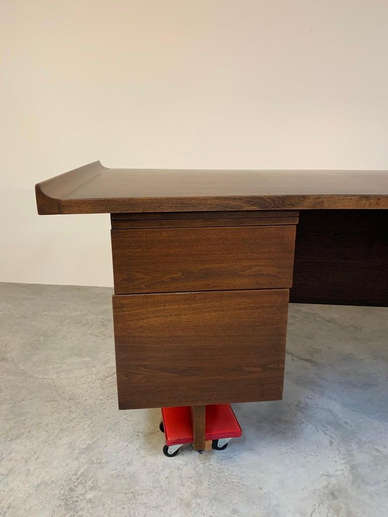 Veneer Midcentury Harvey Probber Executive Desk in Walnut