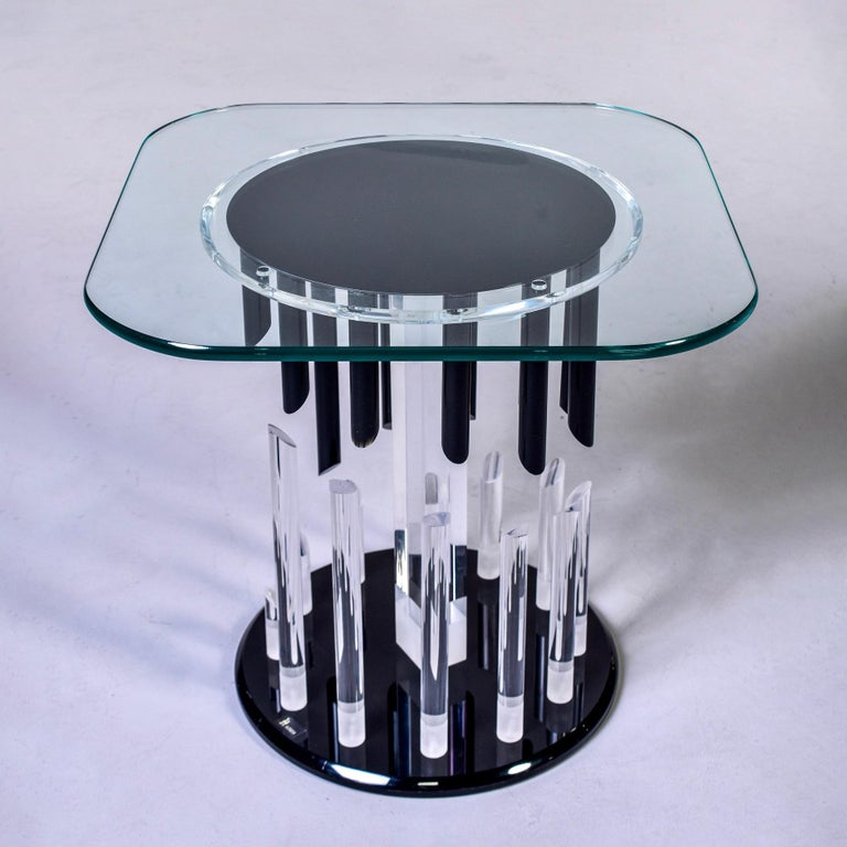 Midcentury Haziza Clear and Black Lucite Side Table In Good Condition For Sale In Troy, MI
