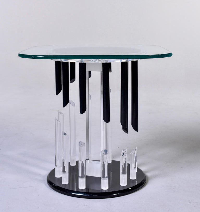 Midcentury Haziza Clear and Black Lucite Side Table For Sale 2