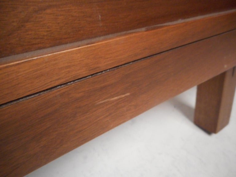 Midcentury Headboard and Footboard For Sale 2
