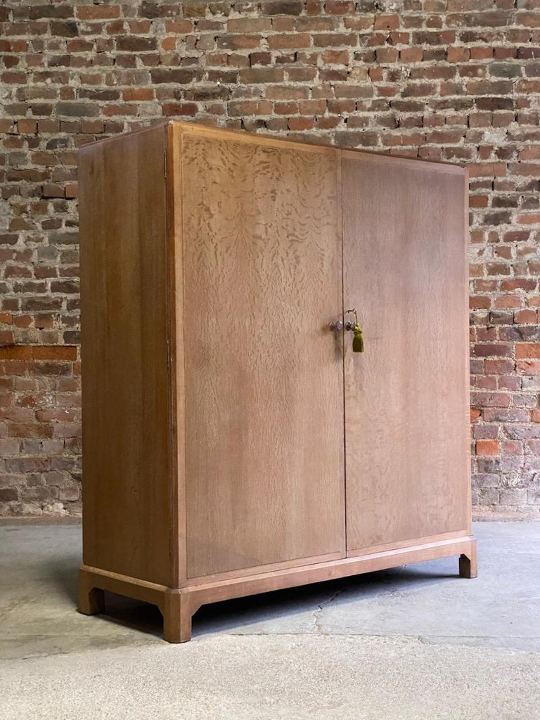 Midcentury Heal's Limed Oak Wardrobe Arts & Crafts Compactum, circa 1930 For Sale 4