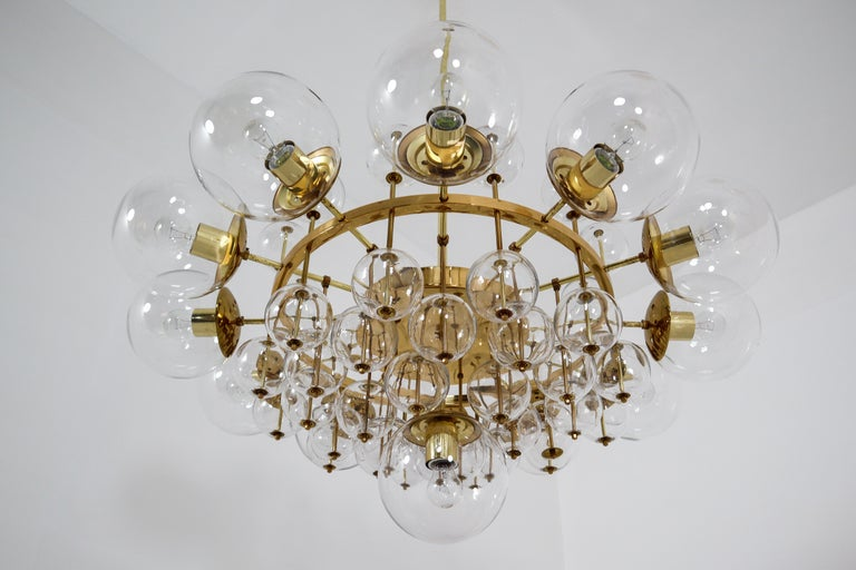 Midcentury Hotel Chandelier with Brass Fixture and Hand-Blowed Glass Globes For Sale 1
