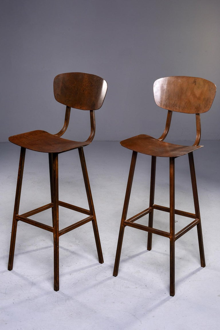 Mid Century Industrial Iron Bar Height Stool In Good Condition For Sale In Troy, MI