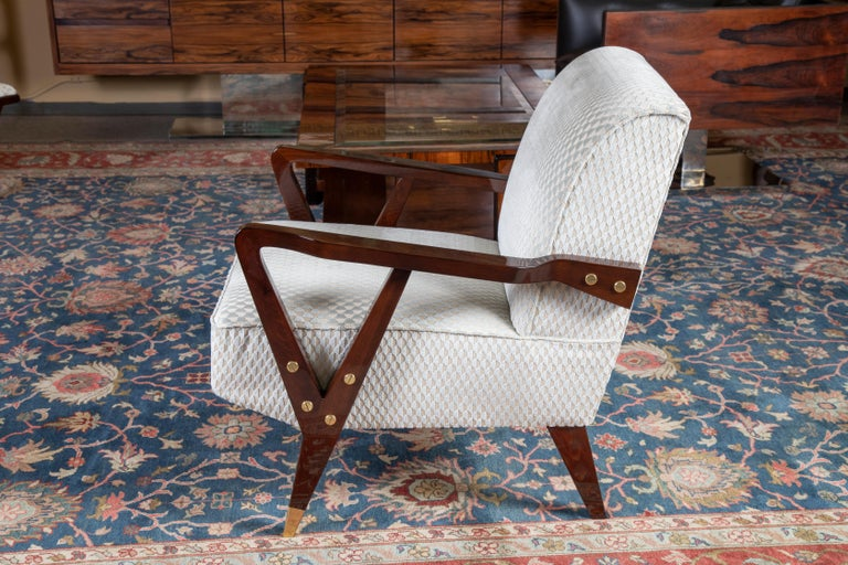 Mid-Century Italian Armchairs in Walnut In Excellent Condition For Sale In Houston, TX