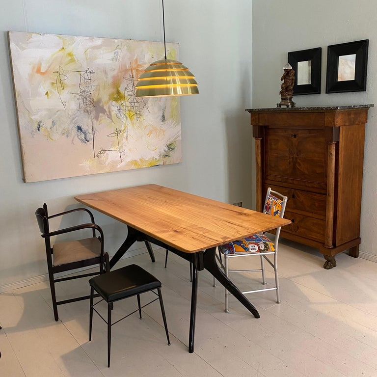 Midcentury Italian Black and Cherrywood Dining Table Style of Ico Parisi For Sale 9