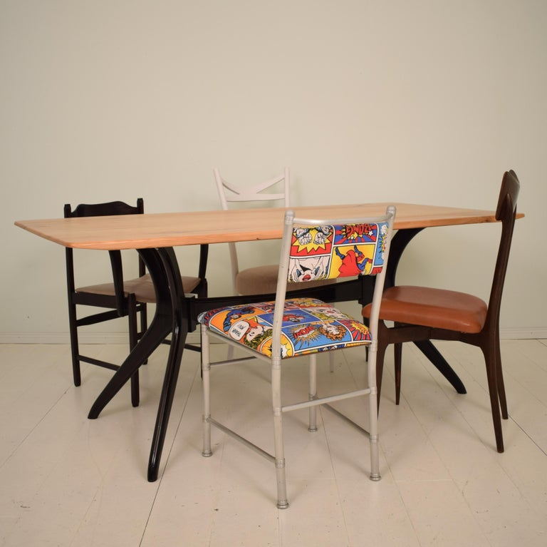 Mid-Century Modern Midcentury Italian Black and Cherrywood Dining Table Style of Ico Parisi For Sale
