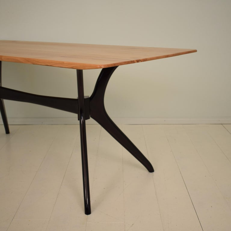 Mid-20th Century Midcentury Italian Black and Cherrywood Dining Table Style of Ico Parisi For Sale
