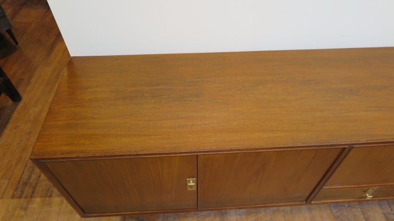 Midcentury Italian Credenza In Good Condition For Sale In New York, NY