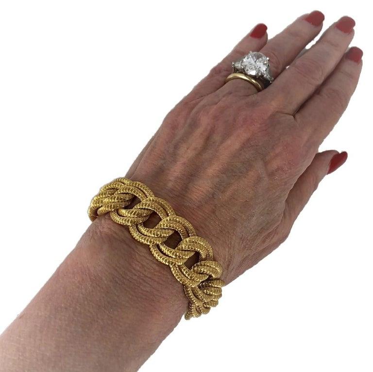 Midcentury Italian Finely Woven Gold Mesh Link Bracelet For Sale 2
