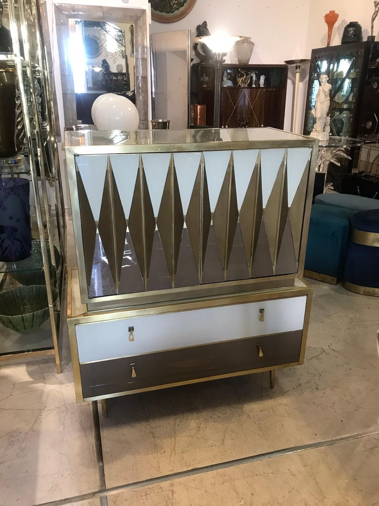 Midcentury Italian Glass and Brass Chest of Drawers For Sale 5