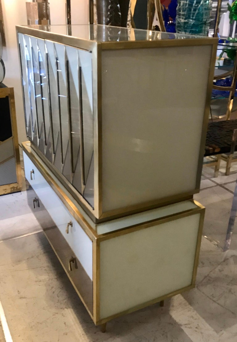 Midcentury Italian Glass and Brass Chest of Drawers For Sale 1