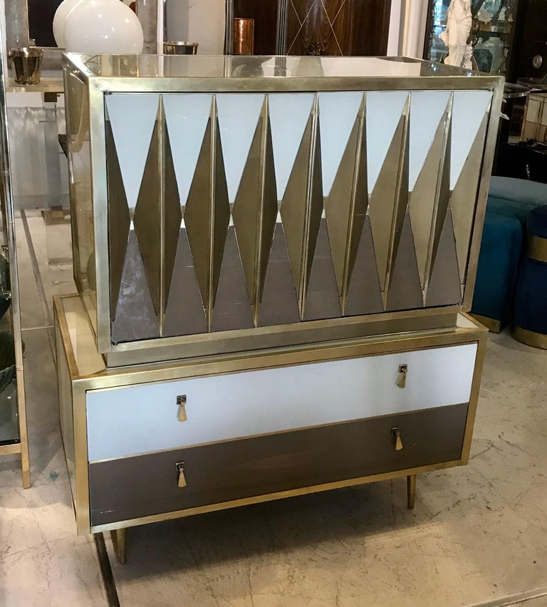 Midcentury Italian Glass and Brass Chest of Drawers For Sale 2