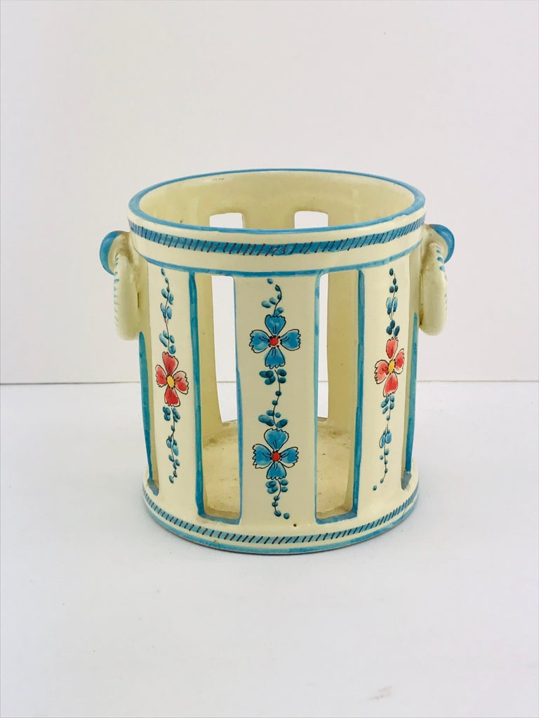 Beautiful decorative ceramic by Gualdo Deruta, 1950s. Amazing decorations hand painted all around the vase and signed on the bottom. Very good condition.