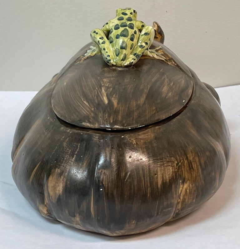 Mid-Century Italian Hippo and Frog Tureen Signed AG with a Coronet In Good Condition For Sale In Kennesaw, GA