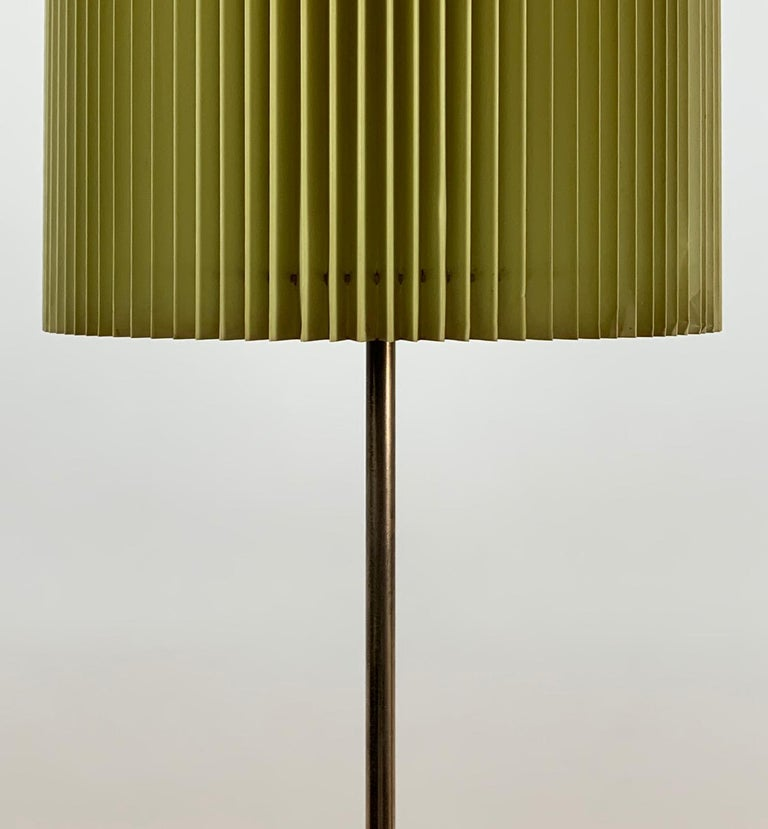Midcentury Italian Metal Brass-Plated Lime Green Lampshade Floor Lamp 8