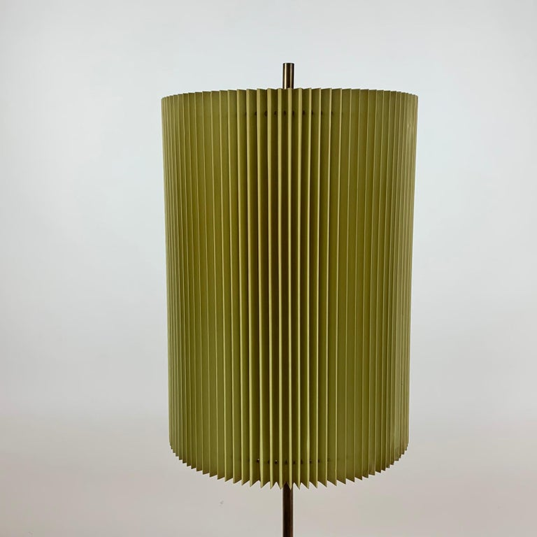 Midcentury Italian Metal Brass-Plated Lime Green Lampshade Floor Lamp 4