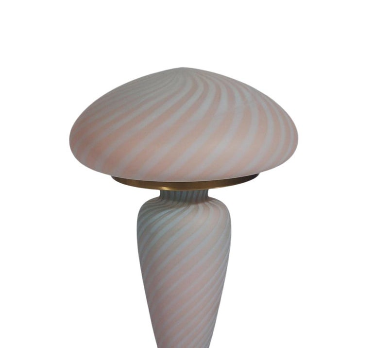 Neoclassical Midcentury Italian Modern Brass and Pink Swirl Art Glass Table Lamp after Murano For Sale