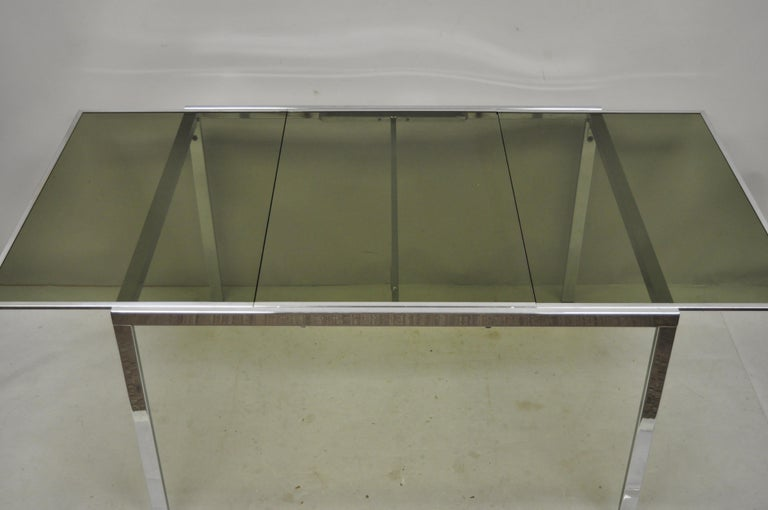 Mid-Century Modern Midcentury Italian Modern Chrome and Glass Extension Dining Table For Sale