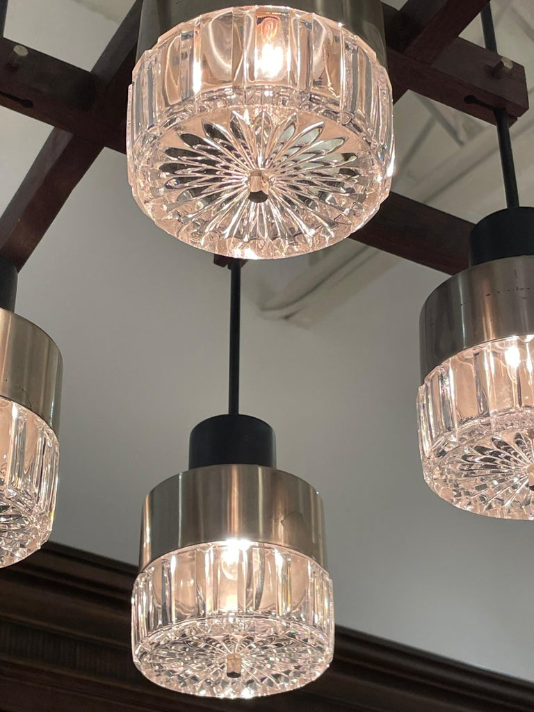 Mid-Century Italian Modern & Sculptural 8-Light Chandelier For Sale 5