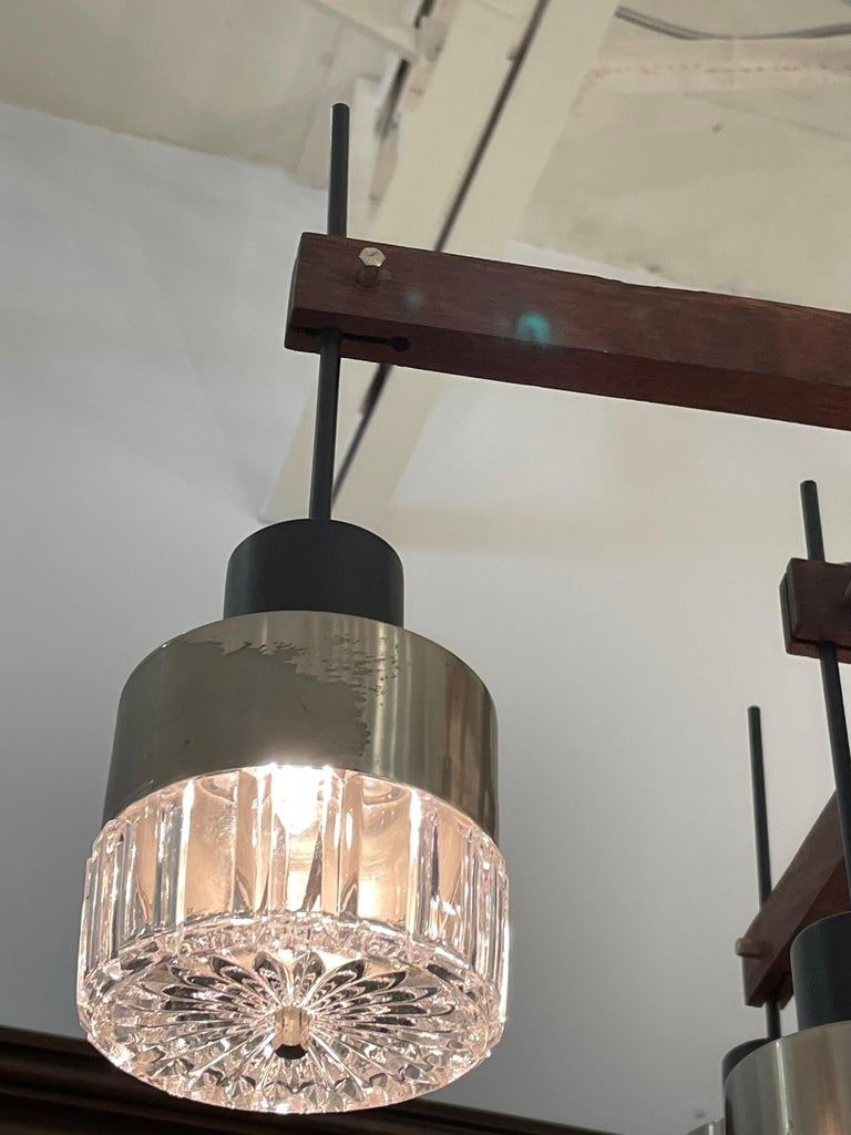 Mid-Century Italian Modern & Sculptural 8-Light Chandelier In Good Condition For Sale In East Hampton, NY