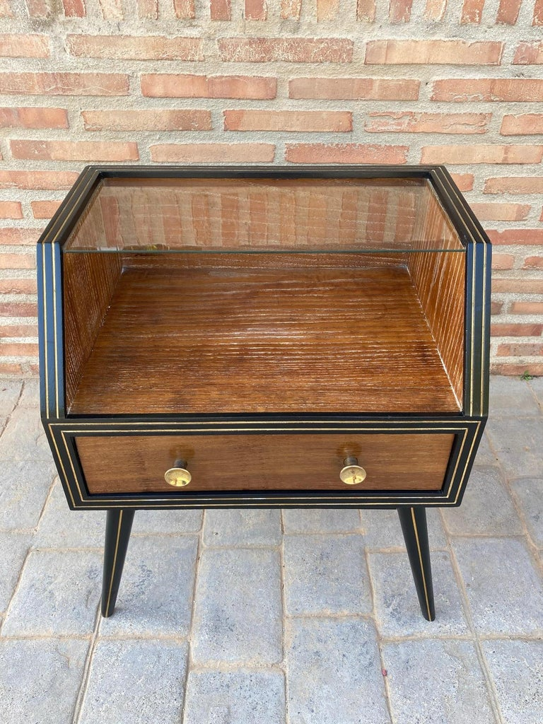 Mid Century Italian Nightstands with Glass, 1960s, Set of 2 For Sale 6