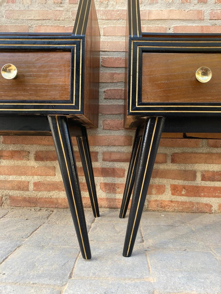 Mid Century Italian Nightstands with Glass, 1960s, Set of 2 For Sale 8