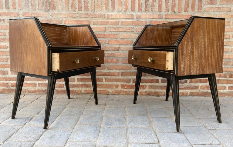 Mid-Century Modern Mid Century Italian Nightstands with Glass, 1960s, Set of 2 For Sale