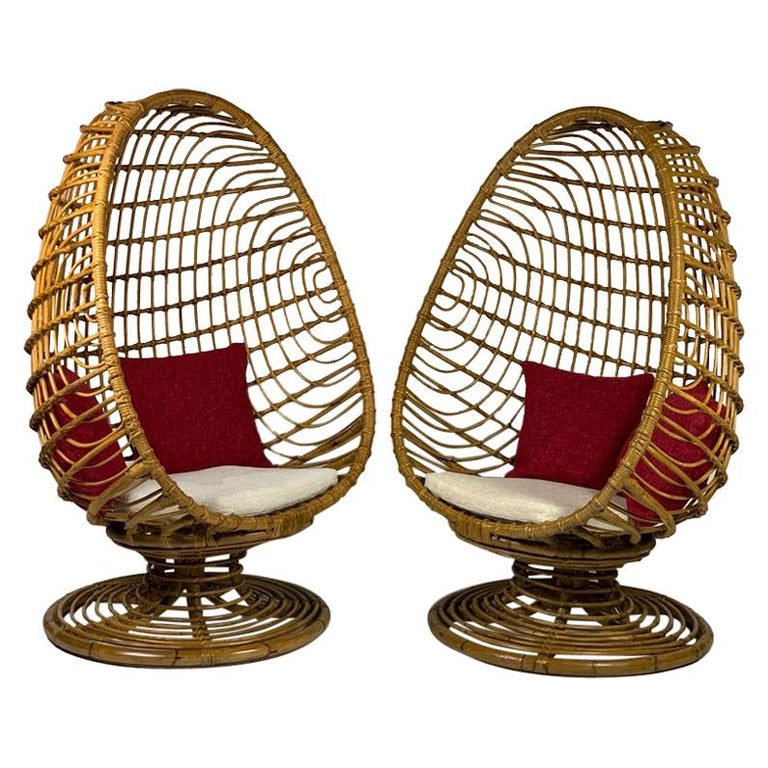 """Midcentury Italian Pair of """"Egg"""" Shaped Rattan Bamboo Armchairs For Sale"""