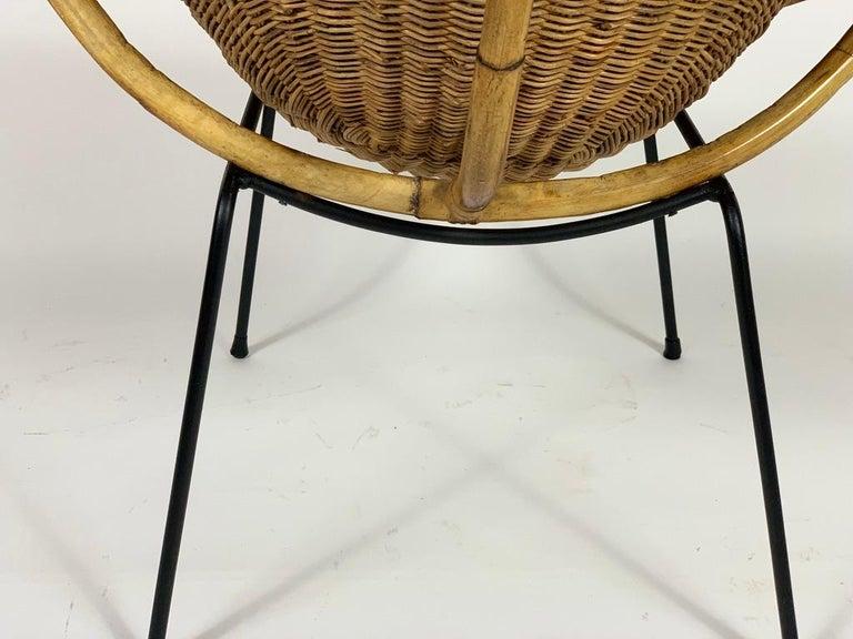 Midcentury Italian Pair of Rattan Bamboo Armchairs Black Metal Legs For Sale 5