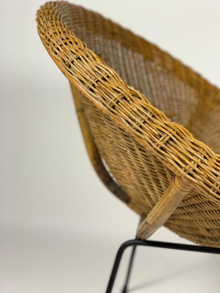 Midcentury Italian Pair of Rattan Bamboo Armchairs Black Metal Legs For Sale 6