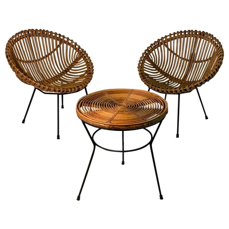 Midcentury Italian Rattan Bamboo 2 Armchairs and Side Table Black Metal Leggs For Sale