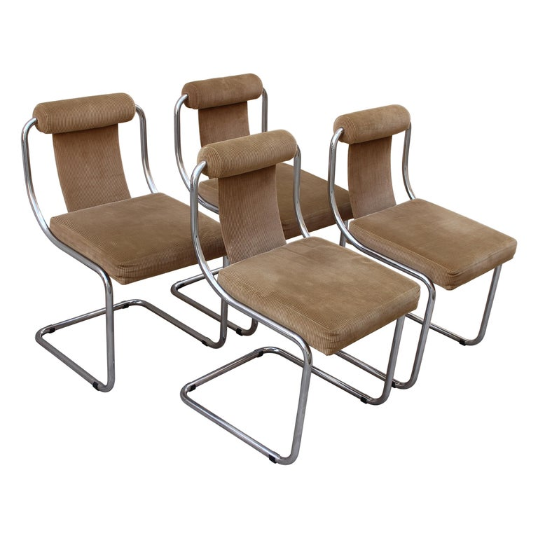 Mid Century Italian Set of Four Chairs For Sale