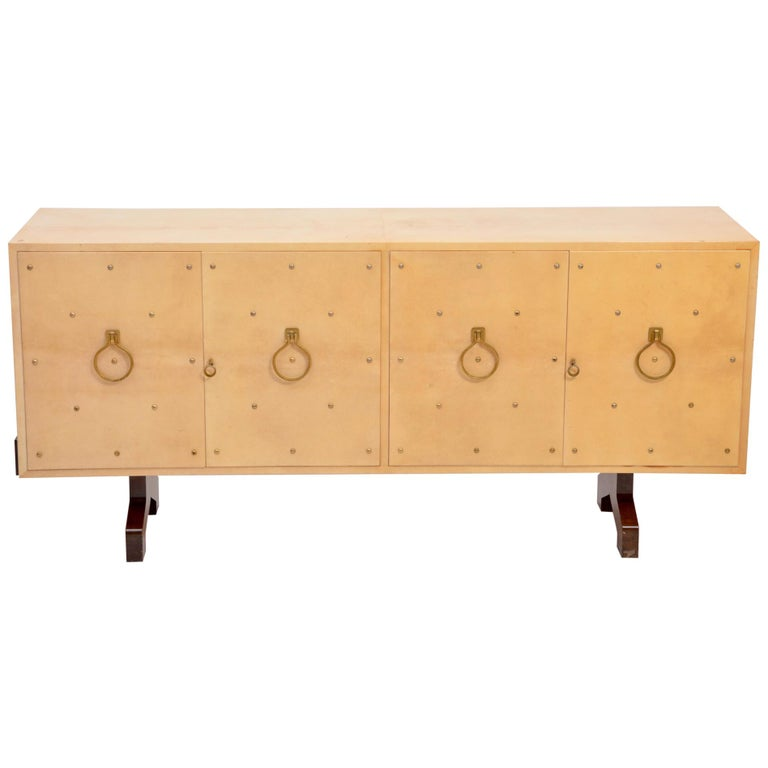 Midcentury Italian Sideboard in Beige Lacquered Goat Skin by Aldo Tura For Sale